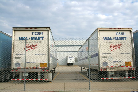 Supply Chain Management Success - Walmart Trucks