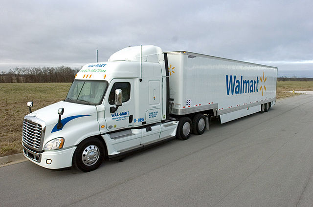 640px-WalmartE28099s_Grease_Fuel_Truck_(2)