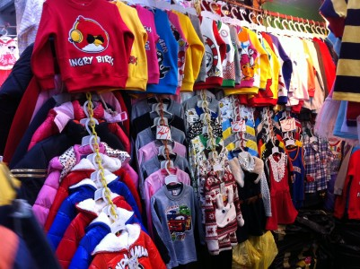 HK_North_Point_北角_馬寶道_Marble_Road_outside_market_children_angry_bird_clothing_Winter_Dec-2012