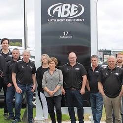 Auto-Body-Equipment-Team (1)