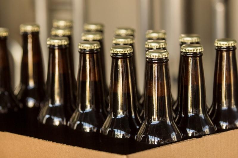 Inventory Kitting Beer Bottles