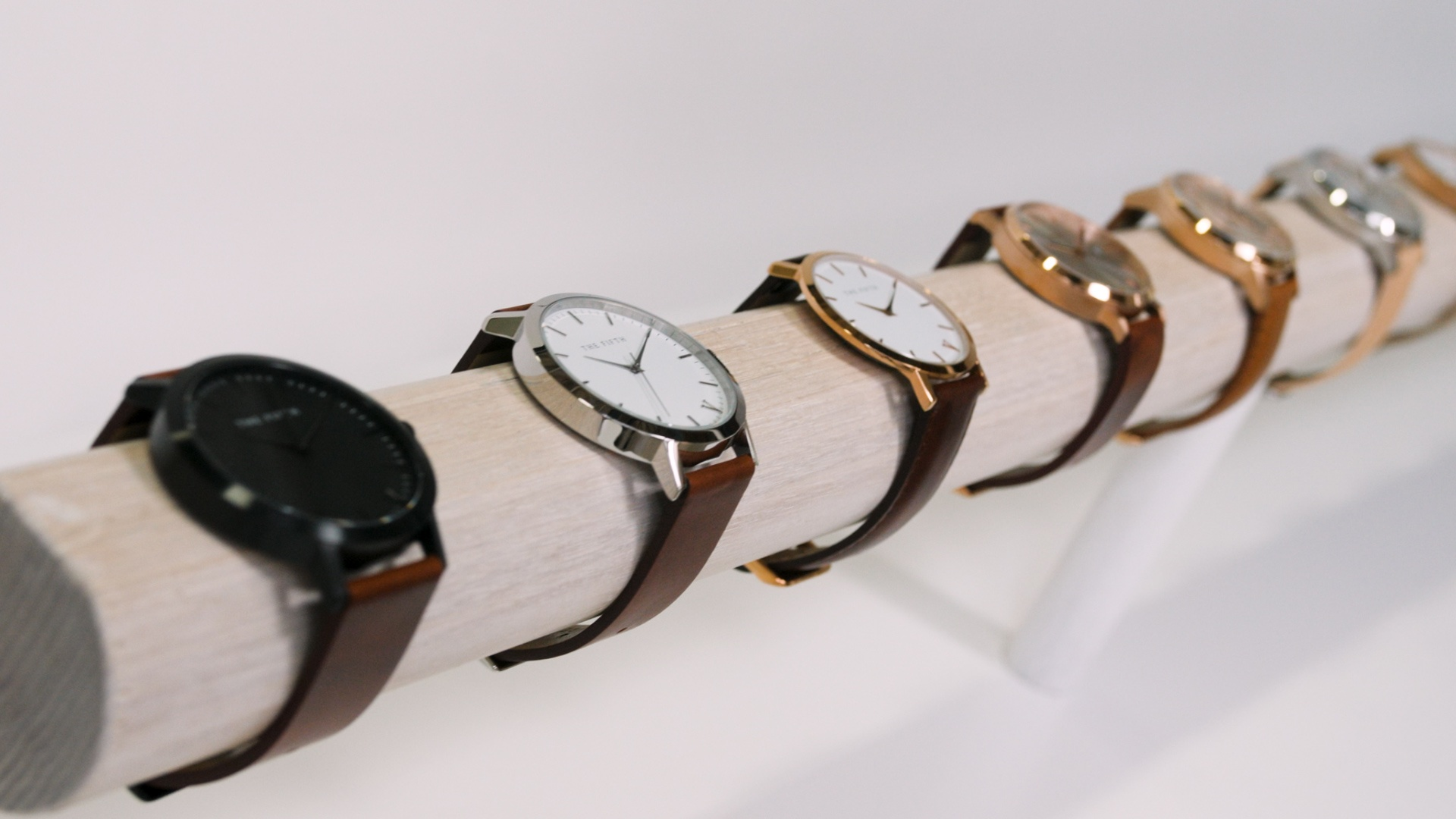 Case_Study_The5th_watches