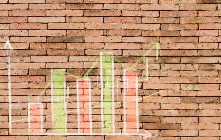 Identifying business trends.jpg