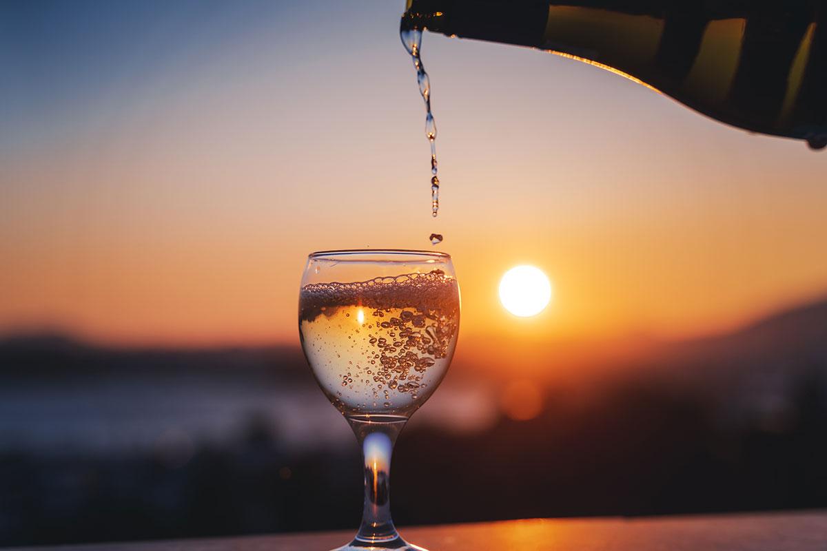02may-cvd19-bydprofit-alcohol