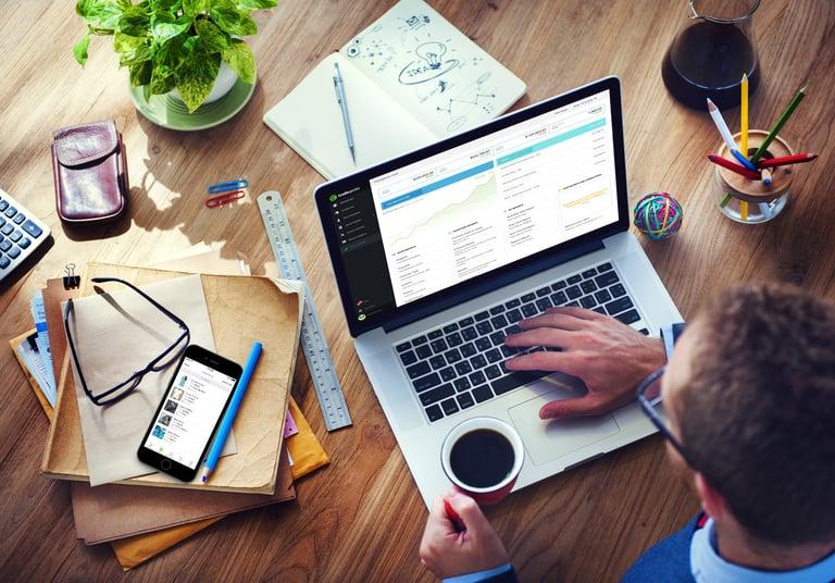 tradegecko_product_laptop_mobile_desk-1.jpg