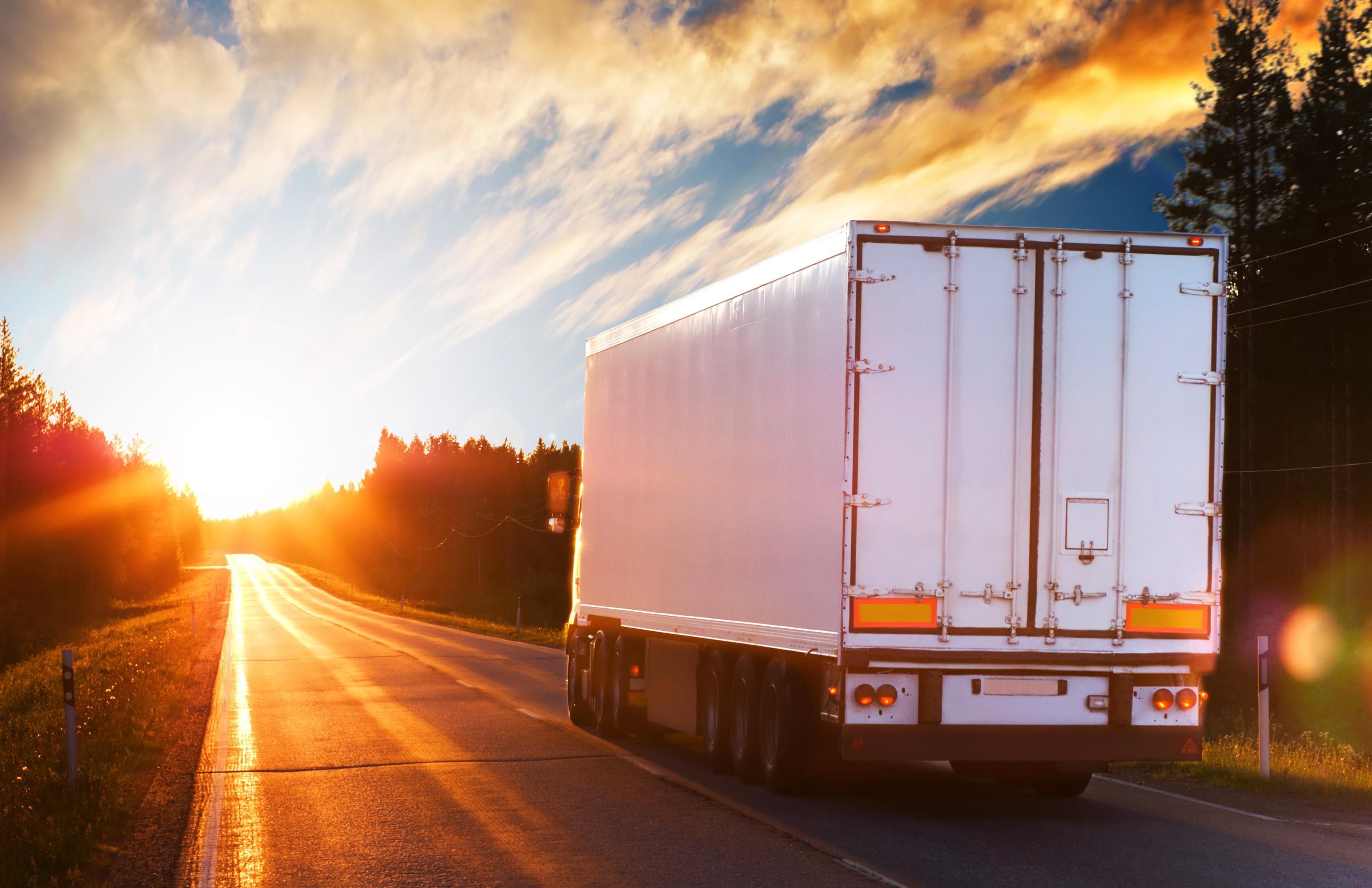 white_truck_on_road.jpg