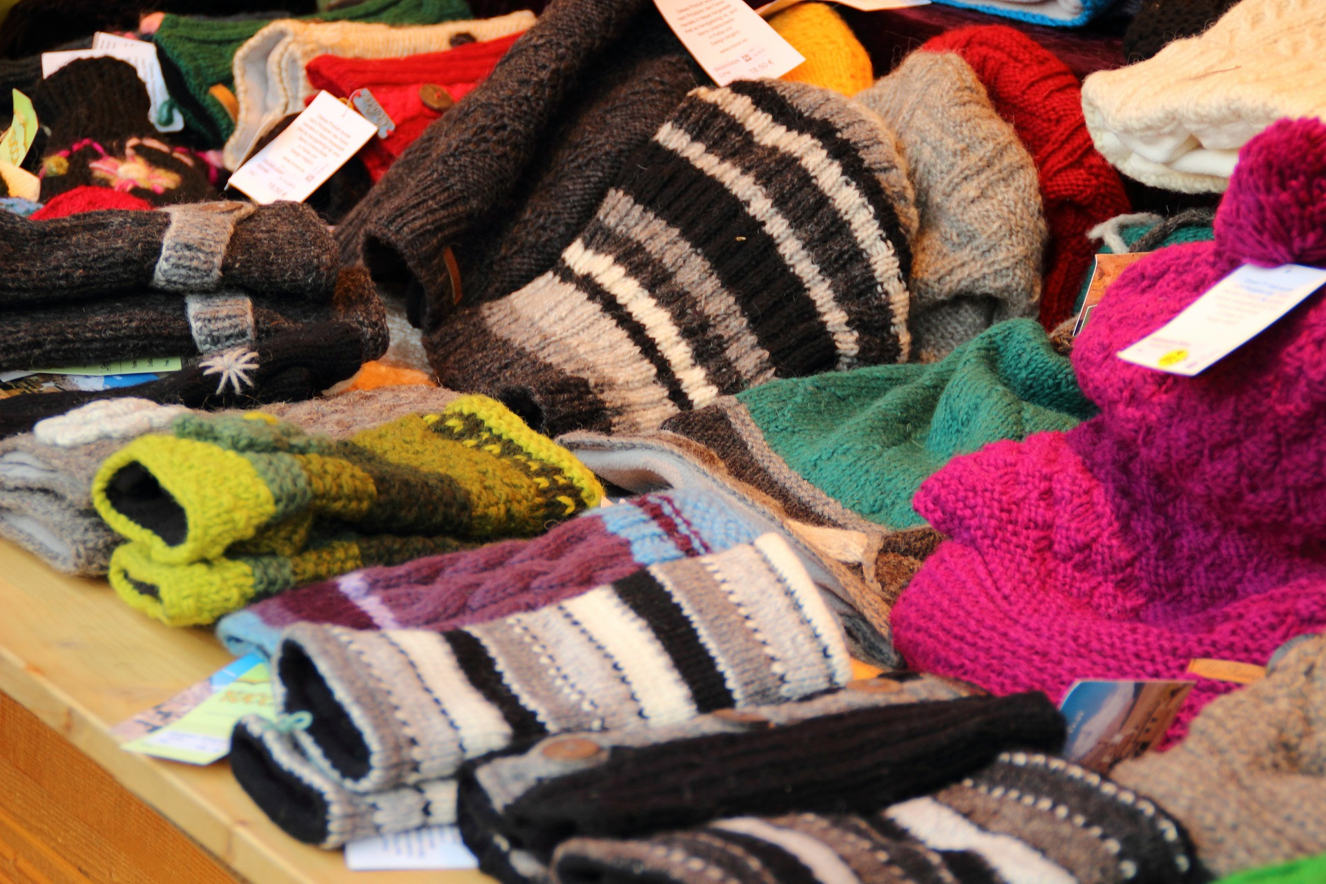 cold-weather accessories merchandising